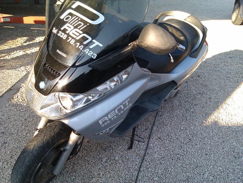 Scooter mieten am Gardasee bei Pollini Rent in Moniga ohne Motorradführerschein